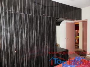 Black colour high glossy laminate finish wardrobe