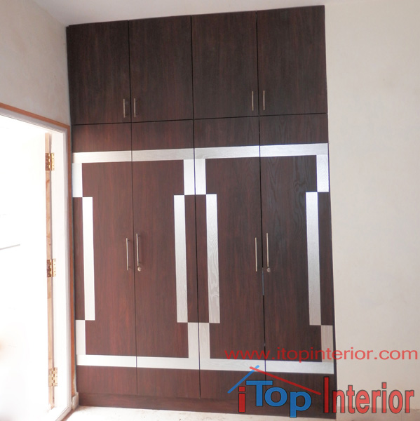 Multi colour bination wardrobe – iTop Interior – Bangalore